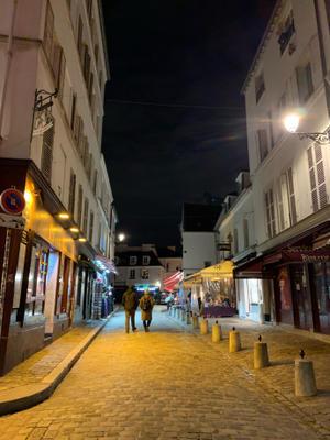 夜のモンマルトル ~ La nuit du quartier Montmartre a Paris ~ - おフランスの魅力