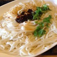 本場台南の麺でジャージャー麺。 - 線路マニアでアコースティックなギタリスト竹内いちろ@三重/四日市