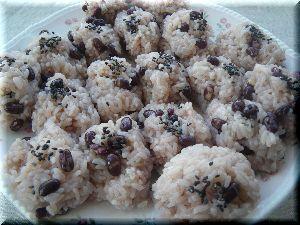 笹の葉包み赤飯 -
