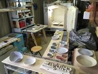 本焼きの窯詰め - 週末陶芸家 フジサキウサジ