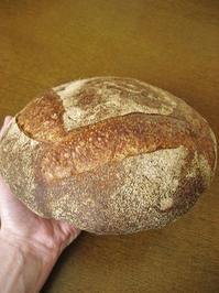 いつものカンパーニュと感謝 - slow life,bread life