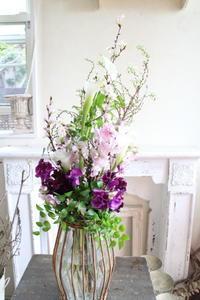 パリスタイルのブーケ - あなたらしい花あるくらしを共に描く 花色空間Vertu