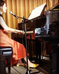4月、3丁目カフェありがとうございました。 - singer songwriterせがわあきこのアキアキせずに5