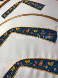 プラナカンビーズ刺繍 鳥のクロスサンダル - プラナカンビーズ刺繍  ビーズワークと旅
