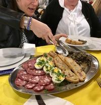ホルモン食べよう〜復活祭 - ローマの台所のまわり