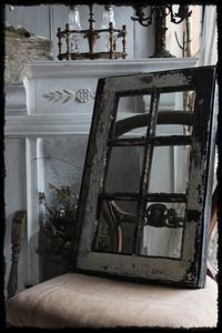 Antique window... - Salt&Orange時々Pepper