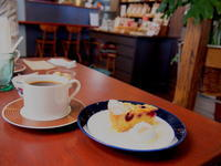 グリオットチェリーのクランブルタルト:Hachicafe(弘前市) - 津軽ジェンヌのcafe日記