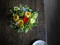 お店をオープンされる女性へアレンジメント。「黄色~オレンジ系」。2019/04/27。 - 札幌 花屋 meLL flowers