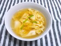 豆腐と卵のお吸い物 - Minha Praia