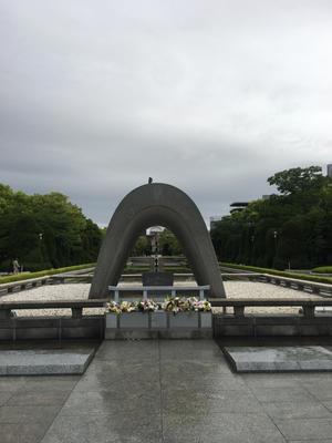 次の時代も平和でありますように。平和な世界になるよう僕らが一助になりたい。 - 森田論
