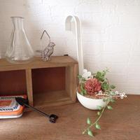 フェイク多肉のレードルアレンジ - 森の工房 Flower Work ナチュラルスローな空間