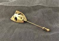 ゴールドプレート仮面のピンブローチ57 - スペイン・バルセロナ・アンティーク gyu's shop