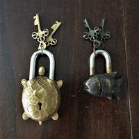 真鍮の錠前2種 - スペイン・バルセロナ・アンティーク gyu's shop