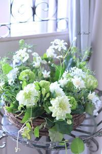 4月レッスンのご報告 - Le vase*  diary 横浜元町の花教室