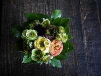 カレーうどんのお店の開店にアレンジメント。2019/05/08。 - 札幌 花屋 meLL flowers