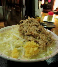 ②GW/立山黒部・雪の大谷へ * 豚肉料理専門店・豚のさんぽ♪ - ぴきょログ~軽井沢でぐーたら生活~