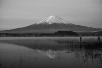 朝早い富士山 - 故郷の宝物