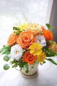 お供え用に。明るいオレンジのお花で! - momo★スタイル