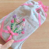 母の日に思う  「刺繍の巾着袋」 - 暮らしのエッセンス   北鎌倉の山の家から