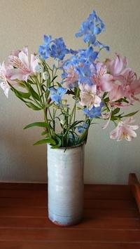 5月に生けたお花まとめてみました❶ - 楽しく元気に暮らします(心満たされる生活)