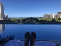 8年ぶりのハワイ - 14(リッツカールトンのプール) - リタイア夫と空の旅、海の旅、二人旅