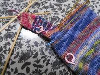 気分転換の小さな輪編み&気が早すぎる試着 - あれこれ手仕事日記 new!