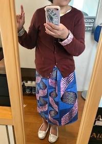 トライヴァルプリントのスカート - 着まわせない