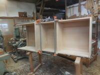 食器棚の組み立て。 - 手作り家具工房の記録