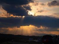 夕日が美しかたので真剣に走ってみた - 空のむこうに ~自転車徒然 ほんのりと~