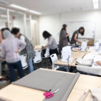 【ヴォーグ学園東京校 布小物講座】教室風景とカードケース - neige+ 手作りのある暮らし