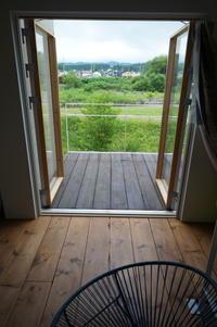 テラスを直す−1 - 函館の建築家 『北崎 賢』日々の遊びと仕事