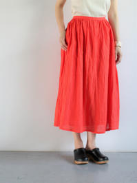 Ordinary fitsTRAVEL SKIRT linen / RED - 『Bumpkins putting on airs』