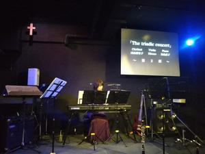 The triadic concert -