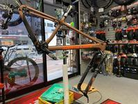 SANTACRUZ CHAMELEON CARBONは北の大地へ旅立ちます。 - 東京都世田谷 マウンテンバイク&BMXの小川輪業日記