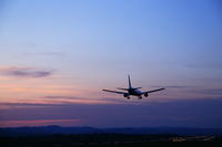 薄暮~旭川空港~ - 自由な空と雲と気まぐれと ~from 旭川空港~