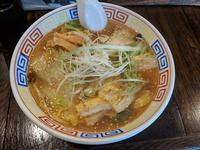 いせのじょうさんで、辛口白菜ラーメン(札幌市白石区菊水1条1:2019年75杯目) - eihoのブログ2