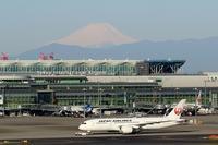 空撮(海ホタル→横浜→富士山) - 旅プラスの日記