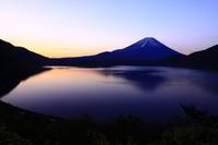 令和元年5月の富士(15)本栖湖の夜明け富士 - 富士への散歩道 ~撮影記~