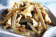■季節料理【蕗と油揚げの甘辛炒め煮】今の蕗が一番美味しいです^^ - 「料理と趣味の部屋」