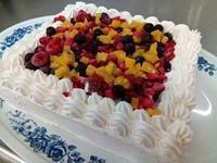 5月のお誕生ケーキ - 介護老人保健施設 大津ケアセンター ブログ