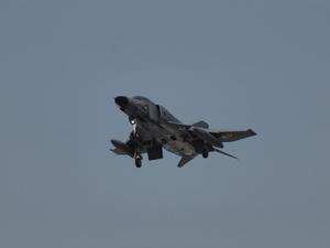 『空の森上空を飛ぶ戦闘機達』 - 自然風の自然風だより