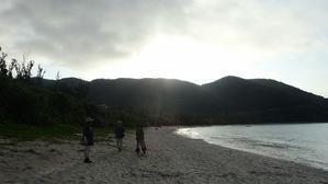 渡嘉敷島の朝 -