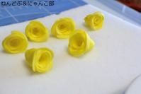 父の日の花『黄色いバラ』 - デコデコスイーツ ねんどぶ & にゃんこ部