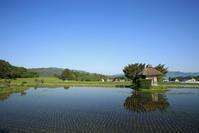 1556 荒神神社の水鏡 - 四季彩空間遠野