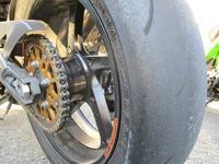 izaサン号 Z1000のリアタイヤ交換&エンジンオイル交換・・・(^^♪ - バイクパーツ買取・販売&バイクバッテリーのフロントロウ!