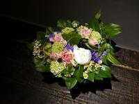 お誕生日の女性へアレンジメント。「ピンク~淡い紫系」。2019/05/21。 - 札幌 花屋 meLL flowers