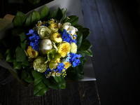 お誕生日の女性へ花束。「水色~黄色系」。2019/05/25。 - 札幌 花屋 meLL flowers