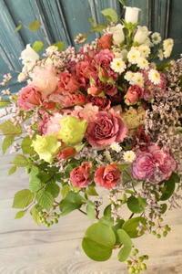 奥様のお誕生日に花束 - 北赤羽花屋ソレイユの日々の花
