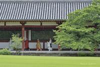 雨の晋山伝燈奉告法要 - 東大寺が大好き