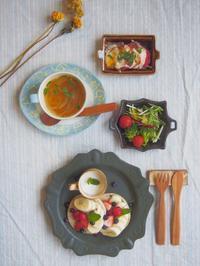 いちごバナナの朝ごはん - 陶器通販・益子焼 雑貨手作り陶器のサイトショップ 木のねのブログ